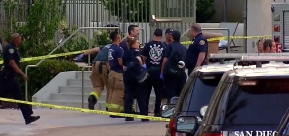 [Homem é morto por policiais após atirar em sete pessoas durante festa nos Estados Unidos]