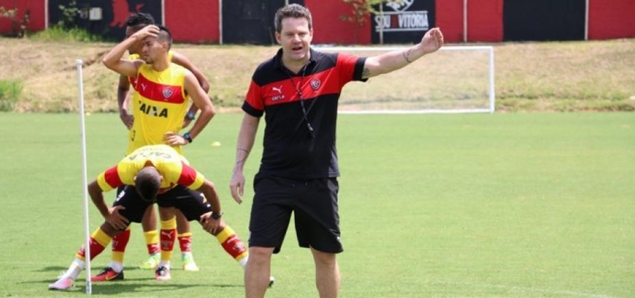 """[Depois de demissão, Argel divulga carta de despedida: """"Houve esforço""""]"""