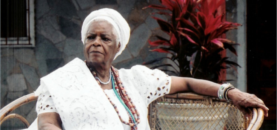 [Mãe Stella de Oxóssi faz 92 anos e lança aplicativo para reflexões: \'Inspiração dos Orixás\']