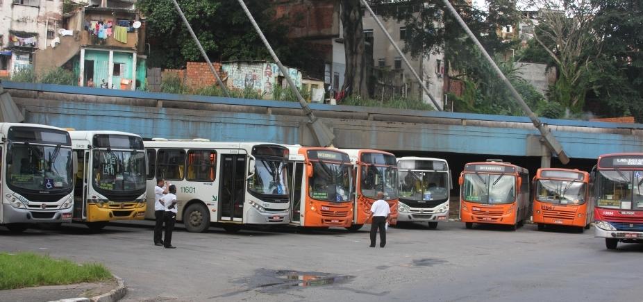 [Empresas de ônibus de Salvador funcionam no vermelho e reclamam de prejuízo de mais de R$ 40 milhões ]