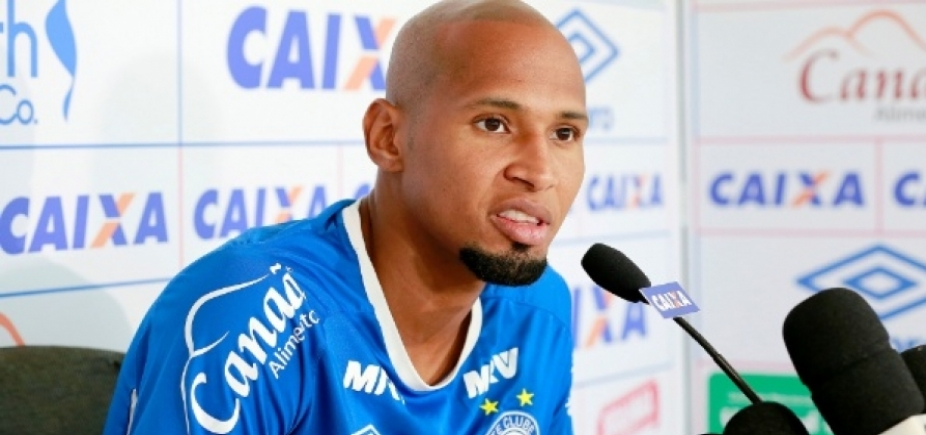 [Bahia inicia processo para rescindir contrato de Wellington Silva]