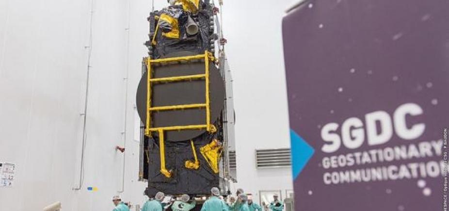 [Primeiro satélite geoestacionário brasileiro de uso civil e militar será lançado nesta quinta-feira]