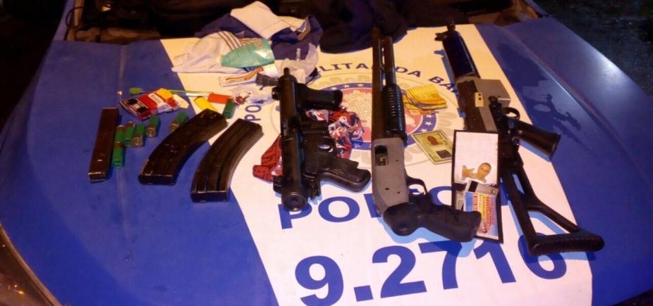 [PM apreende fuzil, submetralhadora e espingarda que seriam utilizados em roubo a banco]