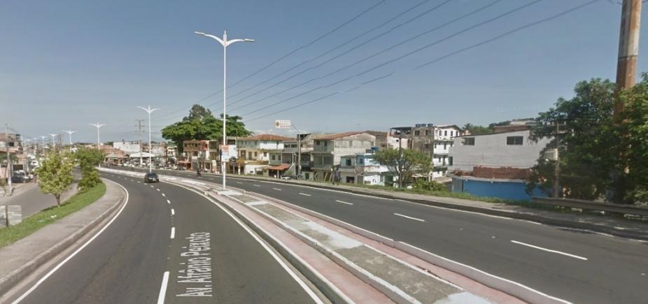 [Jovem de 19 anos é morto a tiros na Avenida Suburbana neste domingo]