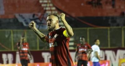 Vitória empata sem gols com o Bahia e é bicampeão baiano no Barradão