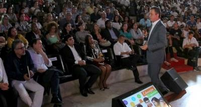Rui lança projeto para capacitação de 50 mil jovens baianos