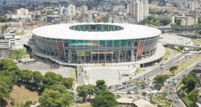 Procura por ingressos para final do Nordestão gera fila de tricolores na Fonte Nova