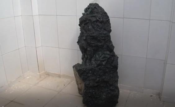 Esmeralda gigante de 360 kg é achada no norte do estado