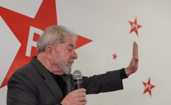 Lula é denunciado na Lava Jato por caso envolvendo sítio em Atibaia