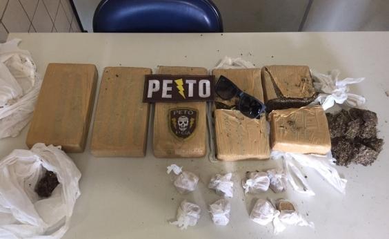Polícia apreende 11 quilos de maconha em Jequié após denúncia no WhatsApp