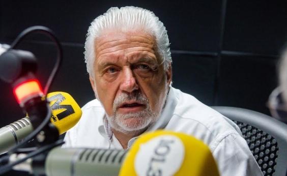 """Wagner critica obsessão pra barrar Lula: """"É quem só sabe ganhar no tapetão"""""""