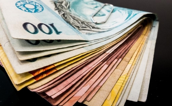 Loures devolve os R$ 35 mil que não haviam sido entregues em mala