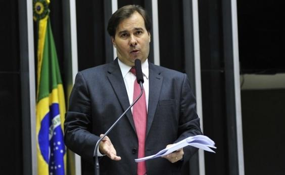 Rodrigo Maia afirma a aliados que será o último a deixar governo Temer