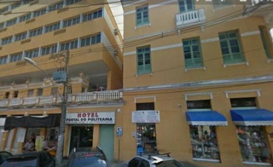 Hotel e hóspedes são assaltados no Politeama