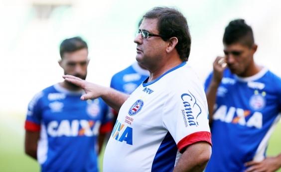 Guto Ferreira lamenta falta de opções no ataque do Bahia