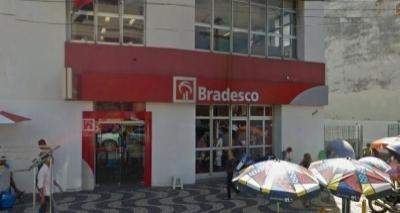 Bandidos explodem agência bancária no bairro da Liberdade