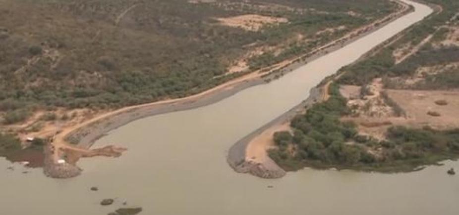 [Captação de água no rio São Francisco está proibida às quartas-feiras]