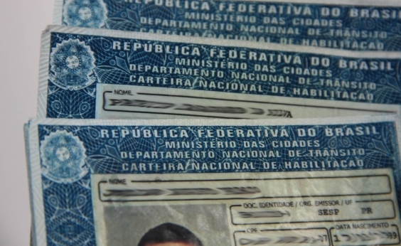 Câmara aprova fim de multa para motoristas sem carteira de habilitação em abordagem de fiscais