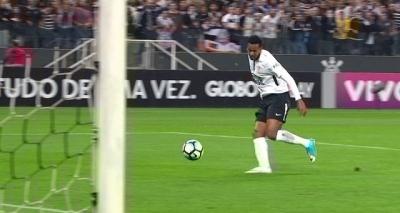 Bahia perde para o Corinthians por 3 a 0 e segue sem vencer fora de casa na Série A