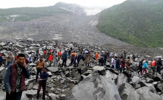 Deslizamento de terra deixa 120 desaparecidos na China