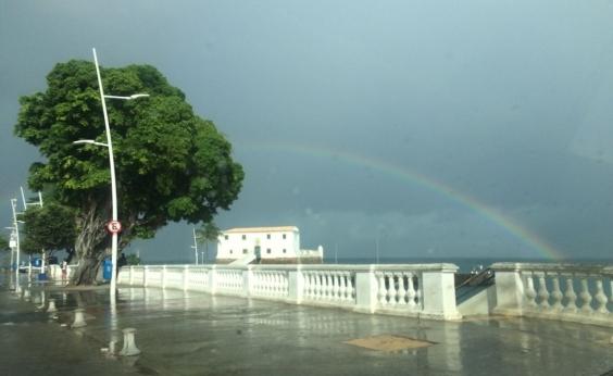 Tempo é instável com possibilidade de chuva nesta terça em Salvador; veja previsão