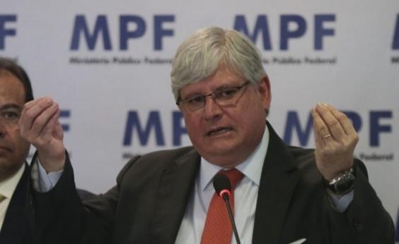 PGR rebate Temer e diz que denúncia deixa claro crime do presidente