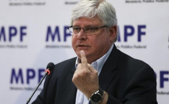 Janot ajuíza ação no STF pedindo suspensão da lei da terceirização