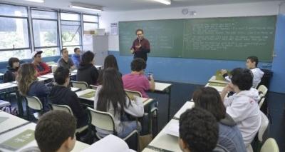 Professores de Salvador são mais bem remunerados que a média nacional