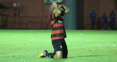 Vitória perde para o Vasco por 4 x 1 no Barradão e segue na zona após resultado preocupante