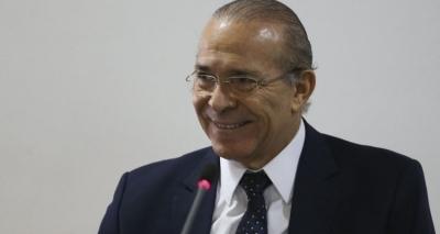 Padilha diz que não houve irregularidades nas trocas na CCJ e minimiza críticas de Zveiter