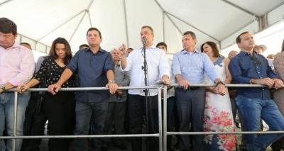 Rui Costa entrega obras e anuncia investimentos em Guanambi