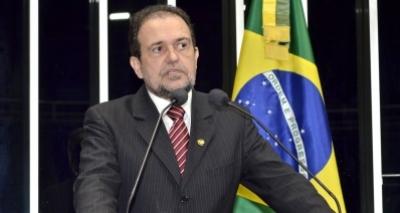 Pinheiro chama reforma trabalhista de 'fuleira' e diz que previdenciária é 'draconiana'