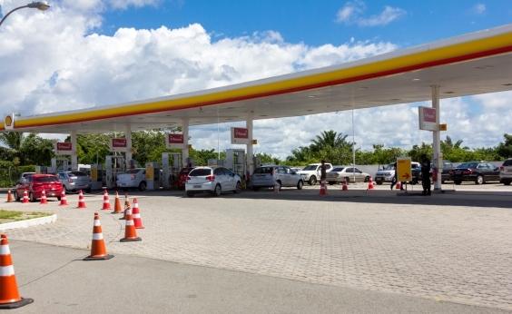 Governo vai anunciar aumento de imposto que deve deixar gasolina mais cara