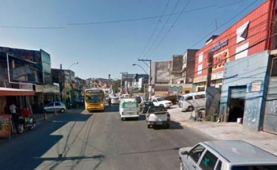 Colisão entre ônibus e ambulância deixa dois feridos na Av. San Martin