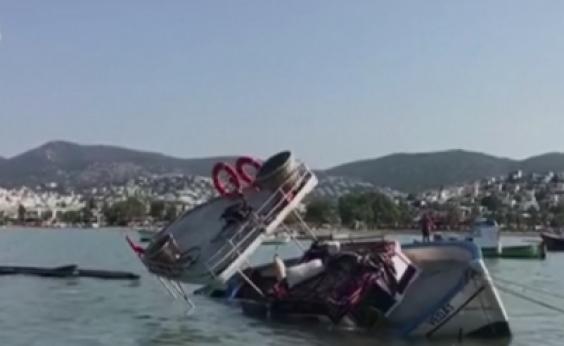 Terremoto seguido de tsunami deixa dois mortos na Turquia
