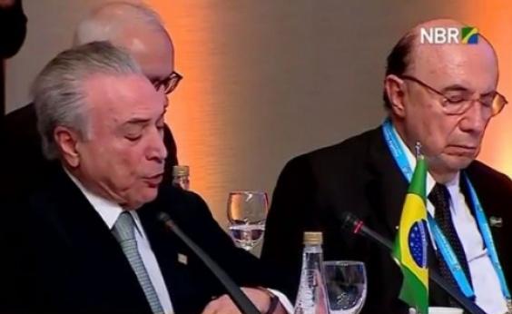 Meirelles dorme durante discurso de Temer na Cúpula do Mercosul; veja vídeo