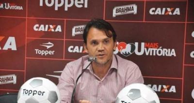 Petkovic nega contratação de Carpegiani: 'Não fechamos com nenhum técnico'