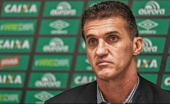 Em seu retorno para o Vitória, Mancini nega crise: Momento de reconstrução