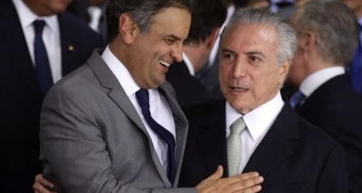 Aécio deve reassumir PSDB em agosto; tucano articula em favor de Temer