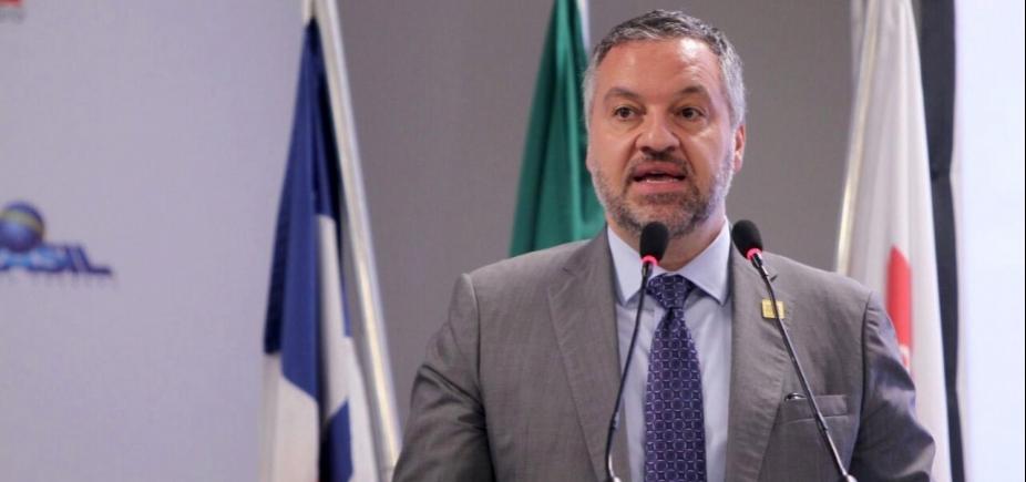 [Embaixador do Canadá destaca importância das pesquisas para combater Zika]