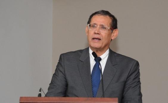 Roberto Badaró destaca importância da 1ª Feira de Soluções para a Saúde