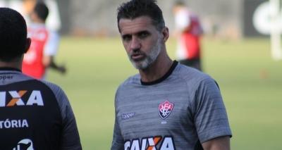 Mancini admite cenário delicado, mas diz que chegou no Vitória para