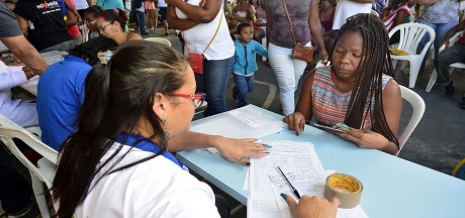 [Serviços gratuitos são oferecidos nobairro de Santa Cruz pelo projeto Gabinete da Prefeitura em Ação]