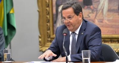 Deputado Sergio Zveiter pede desfiliação do PMDB