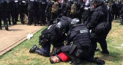 EUA: marcha de supremacistas brancos gera onda de violência