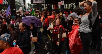 Insatisfação: 94% dos brasileiros não se sentem representados por políticos
