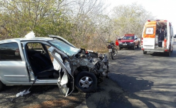 Vice-prefeito de Urandi morre em acidente envolvendo dois carros em MG