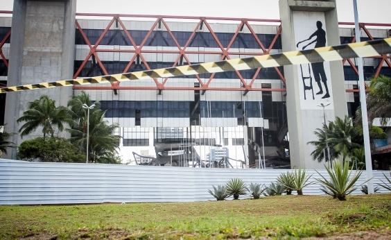 """Secretário descarta manter Centro de Convenções no Stiep: """"No Centro ou na Paralela"""""""