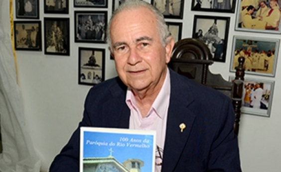 Escritor Ubaldo Marques Porto Filho morre em Salvador aos 72 anos