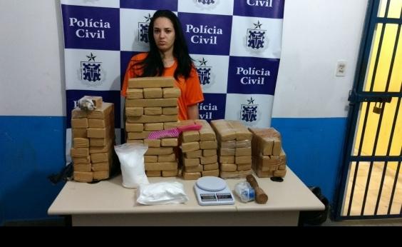 Feira de Santana: Polícia apreende 83 kg de maconha escondidos embaixo de um berço